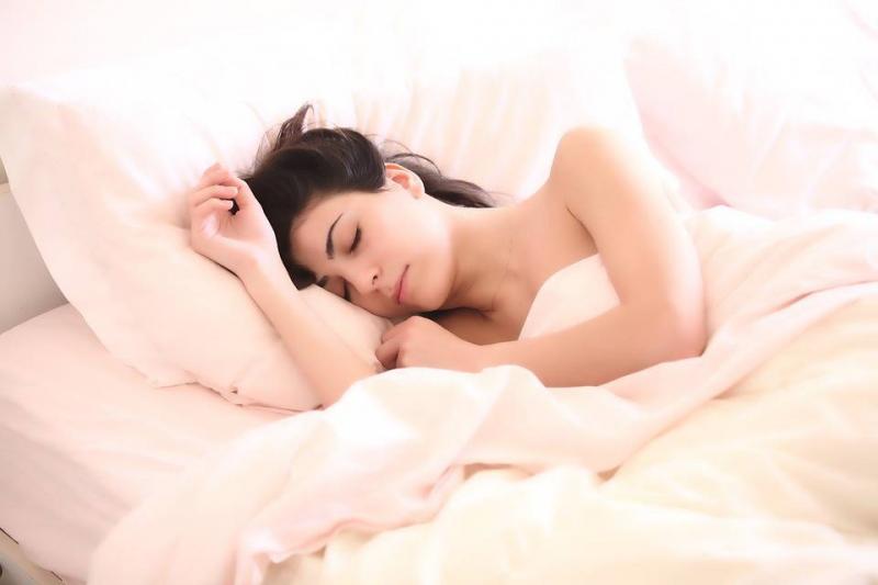 颈椎不好睡硬枕头好吗颈椎不好要注意什么